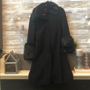 Express Wool coat with faux black fur